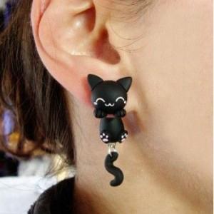 anting kucing 300x300 - Catlovers Udah Punya Aksesoris Lucu Ini Belum?