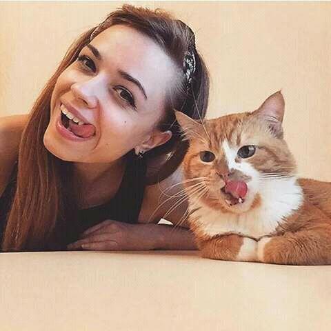 Jangan ragu untuk memiliki pasangan pecinta kucing ya.